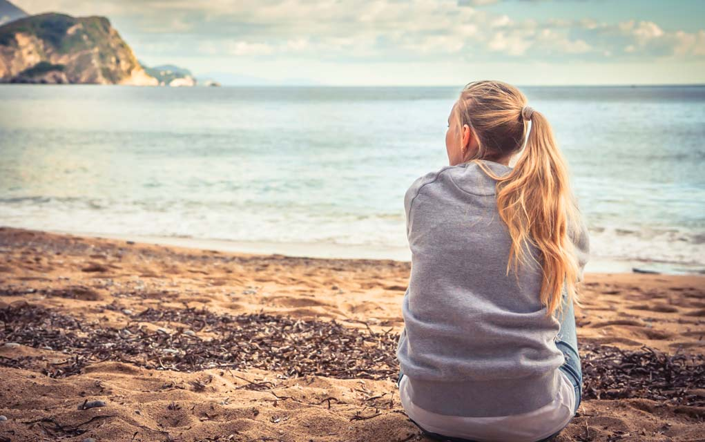7 Ways People Ruin Their Own Happiness